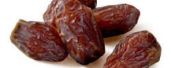 Raw Supreme Medjool Dates
